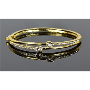 Gold colored metal bracelet Chic Collection set with Rhinestones D55mm clip clasp 76660