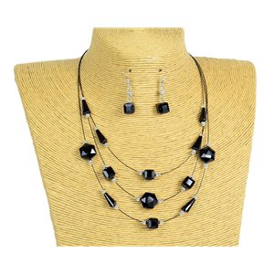 New Collection 2019-2020 Adornment Necklace 3 rows of Pearls in Suspension L44-48cm 77185