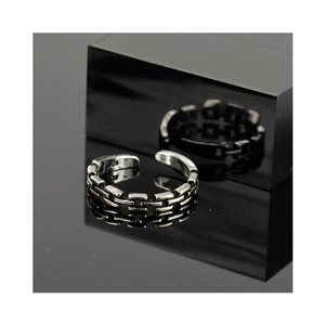 Adjustable ring t47 to t57 in aged silver metal Limited Edition Collection 78379