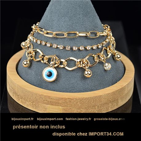 Pretty multirang Charms bracelet set with high-shine Rhinestones in Gold metal 79070